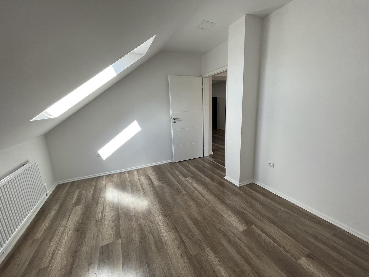 Pronájem byt 4+kk Hradec Králové