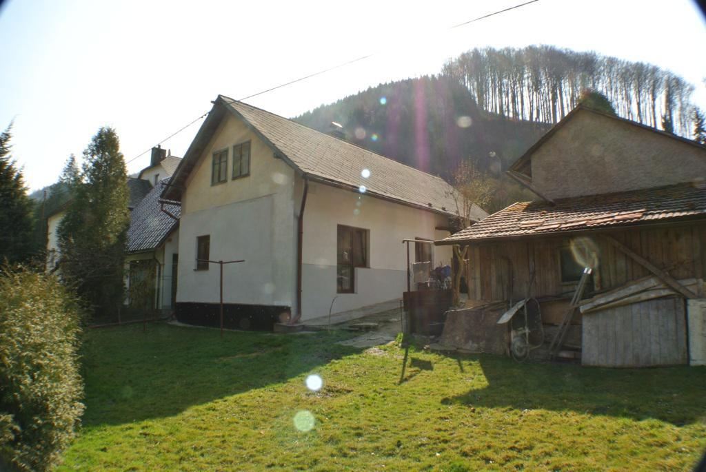 Rodinný dům Perná